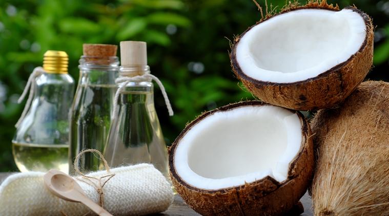 Dầu dừa được chế biến theo phương pháp truyền thống