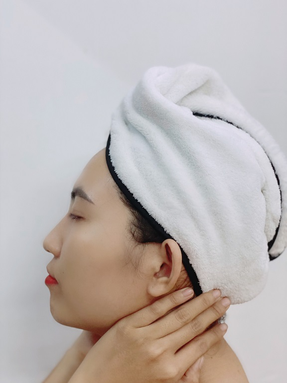 Các bước dùng dầu dừa trị rụng tóc rất đơn giản