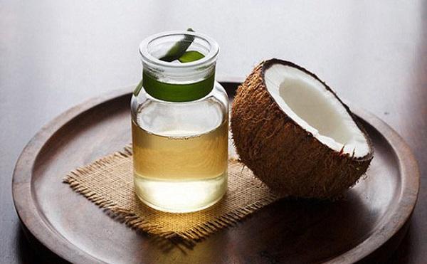 Dầu dừa có thể trị nám, tàn nhang hiệu quả